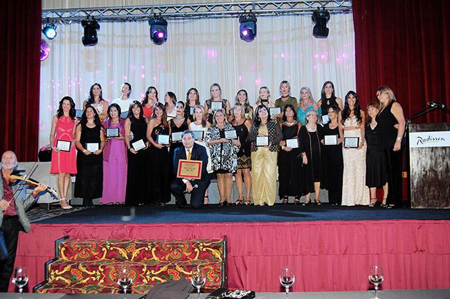 Mujeres-del-Año-2016-2017-